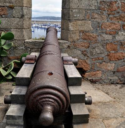 Cañón de un castillo en La Coruña