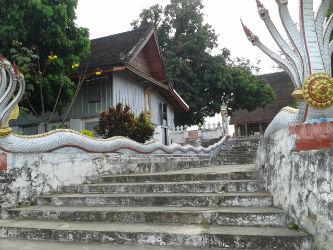 Templo de la serpiente en Vientian, Laos