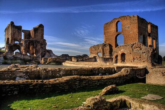 La Vía Appia Antica de Roma discurre por una zona de villas antiguas