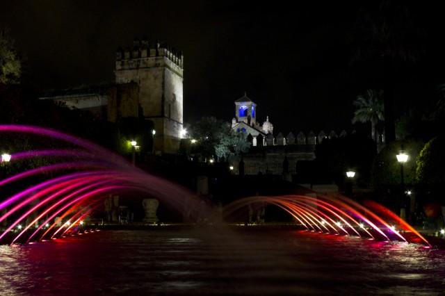 El Alcázar es visitable a la caída de la noche
