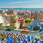 Vistas del mar desde el Parque Guell de Barcelona