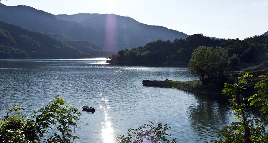 Lago del Salto - Ruta por pueblos cercanos a Roma.
