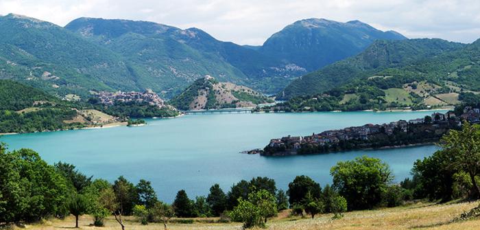 Panorámica del Lago del Turano