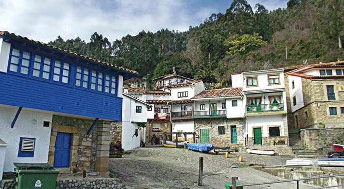 Pueblo asturiano de Tazones