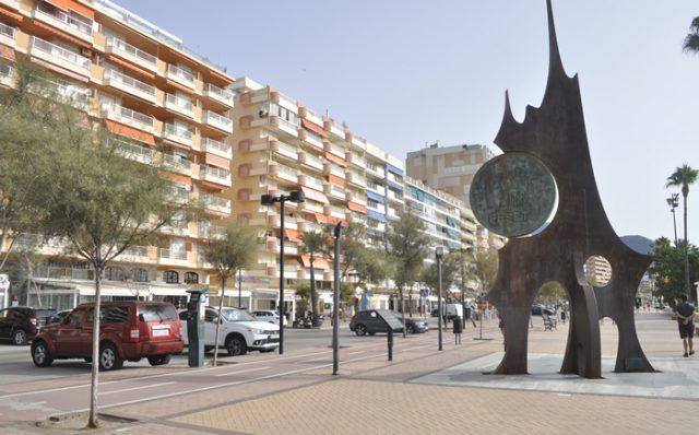 Monumento de la peseta Fuengirola