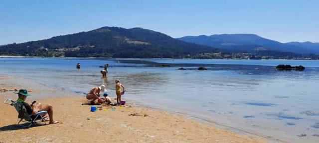 Playa de Broña en Outes, Galicia