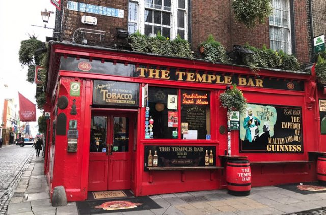 The Temple Bar, Dublín, Irlanda