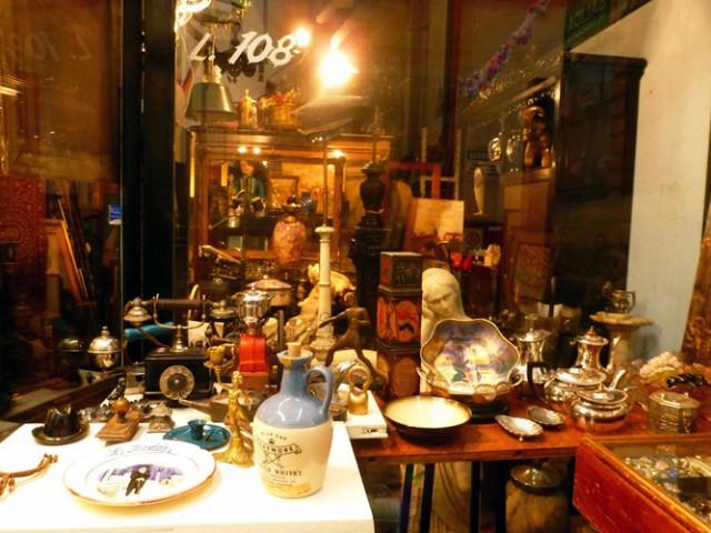 Local de antigüedades en San Telmo