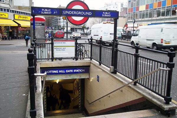 Boca de metro de Notting Hill