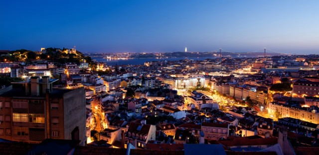 Vista de Lisboa desde el Mirador da Senhora do Monte