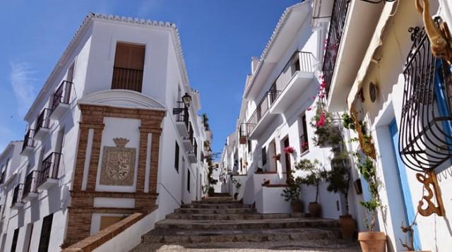 16 pueblos con encanto de Andalucía - Frigiliana -
