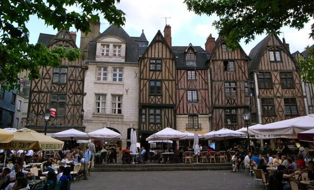 Plaza Plumerau, Tours, Francia
