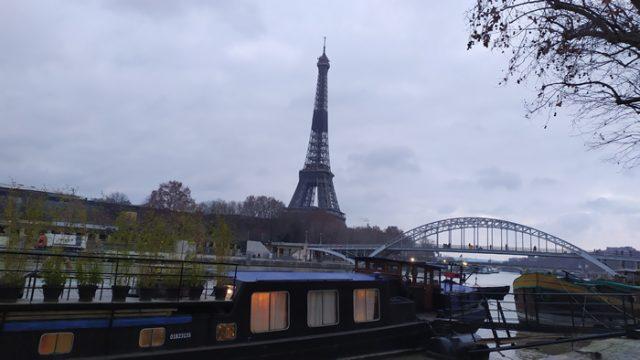 Torre Eiffel desde el río Sena