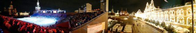 Panorámica del Festival Spasskaya de Moscú de música militar en la Plaza Roja